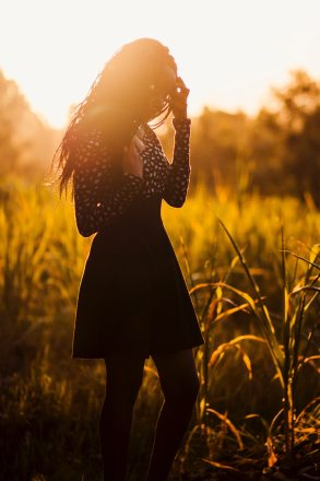 beautiful-sunset-girl-golden-970187